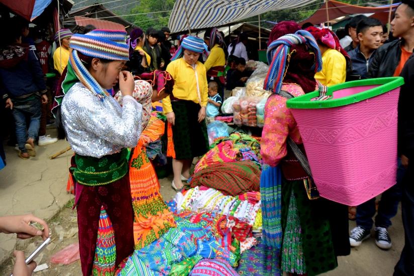 Sa Phin market, Ha Giang